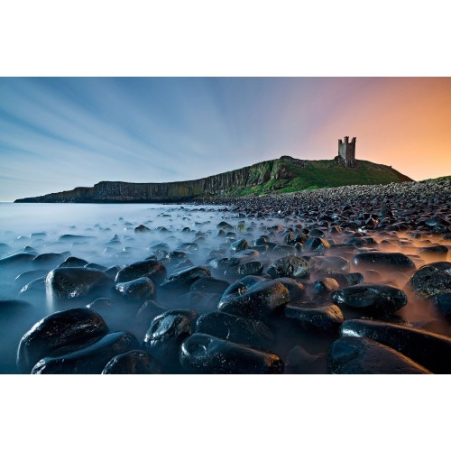 Ceata. Rasarit in Castelul Dunstanburgh - fototapet vlies
