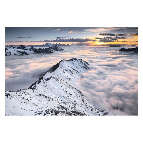 Peste munti si nori - fototapet vlies